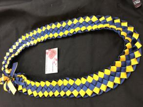 Double ribbon lei - blue/gold