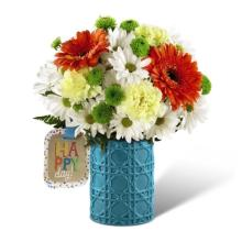 The FTD® Happy Day™ Birthday Bouquet by Hallmark