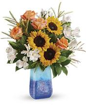 Teleflora\'s Sunflower Beauty Bouquet